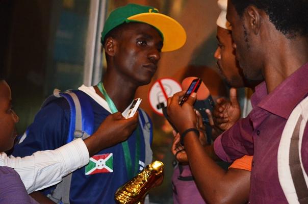 Le retour triomphal des anciens enfants de la rue à Bujumbura (www.akeza.net)
