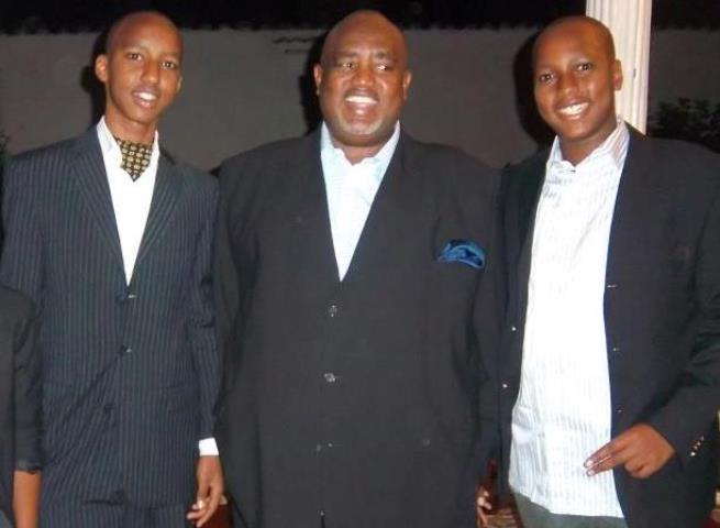 Hussein Nzisabira et ses fils, tous membres influents du club Inter Fc