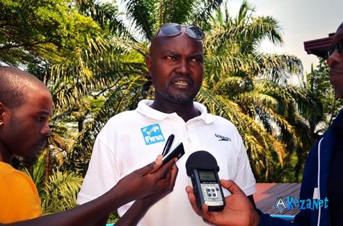 Cassien Basogomba, le président de la fédération burundaise de natation.(www.akeza.net)