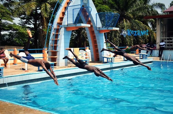 Les nageurs à l' entente sportive (www.akeza.net)