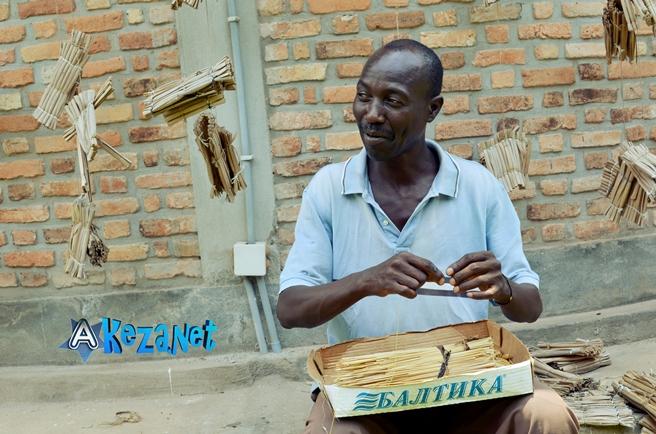 Egide NIBITANGA(www.akeza.net)