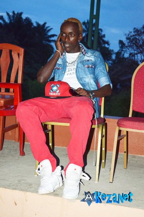 Certaines stars étaient présentes  lors de ce concert. Voici Arakaza Mac Arthur, gardien de l'équipe nationale du Burundi.(www.akeza.net)