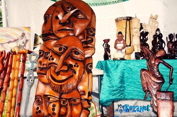 Quelques produits, réalisés par les membres de la CHASAA.(www.akeza.net)