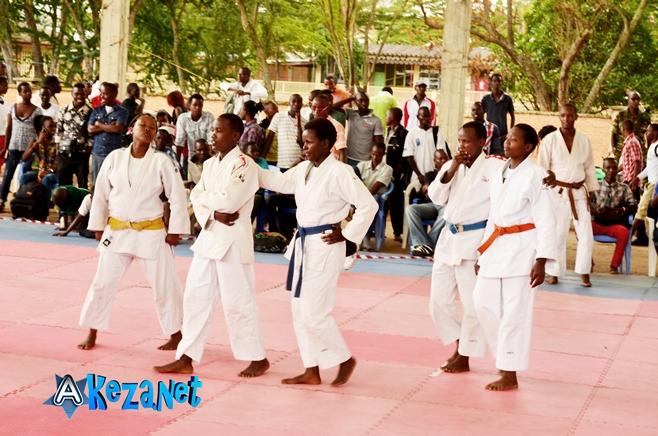 Les judokas lors de la journée internationale(www.akeza.net)