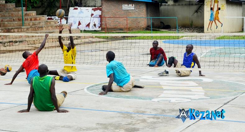 Les personnes ayant un handicap en plein match.©Akeza.net