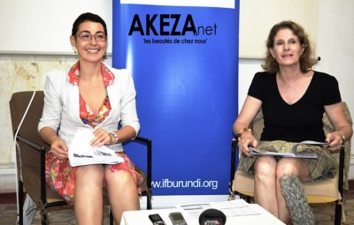 Stéphanie SOLEANSKY et Géneviève VAN ROSSUM , respectivement la directrice adjointe et la directrice de l'IFB