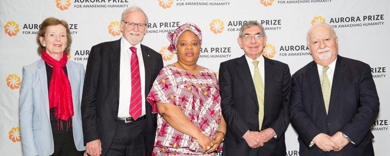Les membres du comité de Sélection de Aurora Prize à New York