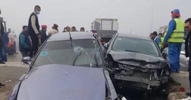 إصابة 21 شخصا فى تصادم عدة سيارات على طريق مطروح