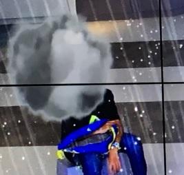 スカイサーカス雨雲雷