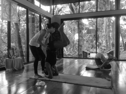 Akiko_Tsugawa_ashtanga-yoga_teaching_007