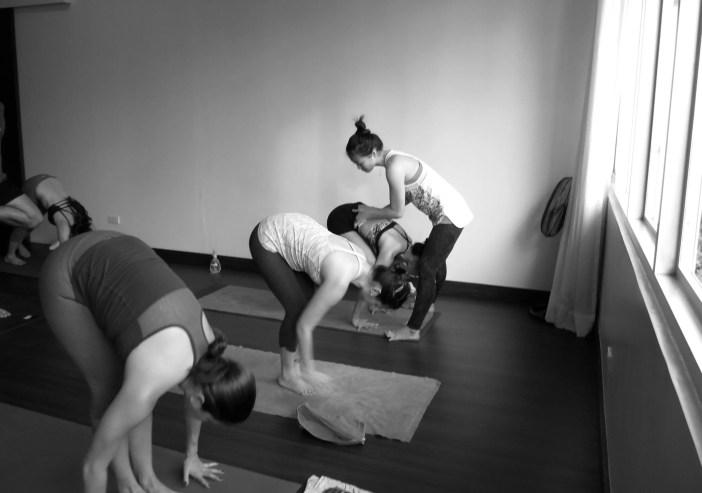 Akiko_Tsugawa_ashtanga-yoga_teaching_008