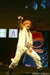 hironobu-kageyama-tgs09-live-in-thailand-01