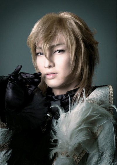 black-butler-musical-official-site-reveals-complete-cast-photos-15