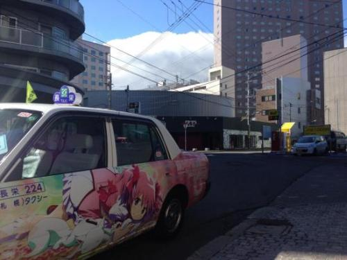 mahou-shoujo-madoka-magica-ita-taxi-04