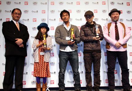 10-year-old-girl-win-japan-gunpla-builder-world-cup-2013-junior-division-03