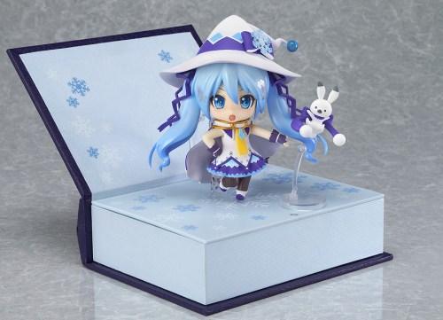 nendoroid-yuki-miku-magical-snow-ver-09