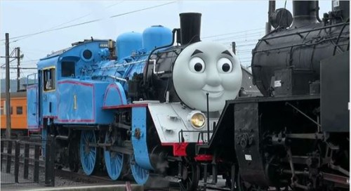 life-size-thomas-begins-running-on-japanese-railroad-01