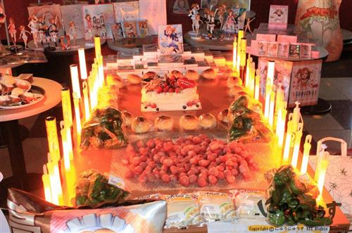 fans-cerebrate-kousaka-honoka-birthday-2014-13