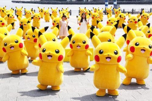 pikachu-invasion-in-yokohama-15