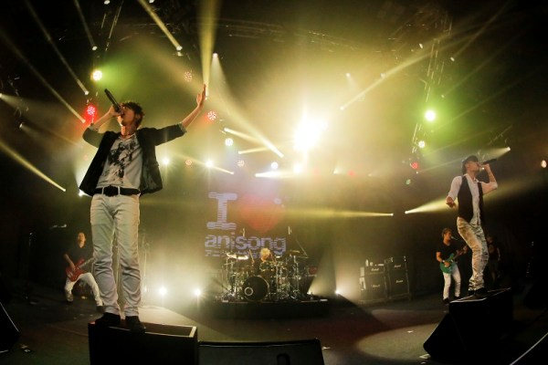 FLOW-anisong-con-02