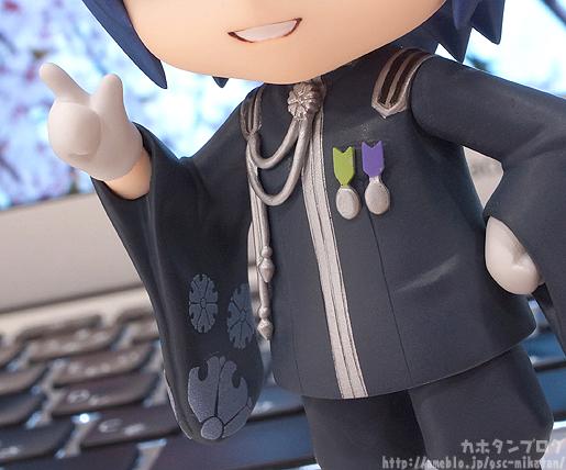 preview-nendoroid-kaito-senbonzakura-ver-02
