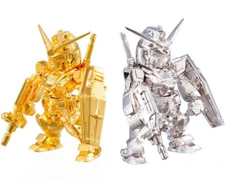 solid-gold-gundam-statues-worth-20-million-yen-03