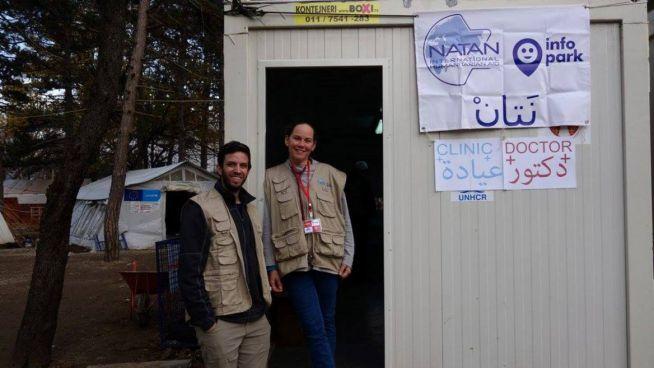 Zsidó és arab orvosok a szerbiai menekülttábor kórházában