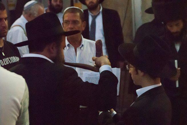 Sofár fújás Jeruzsálemben (Fotó: Katona Adriana)