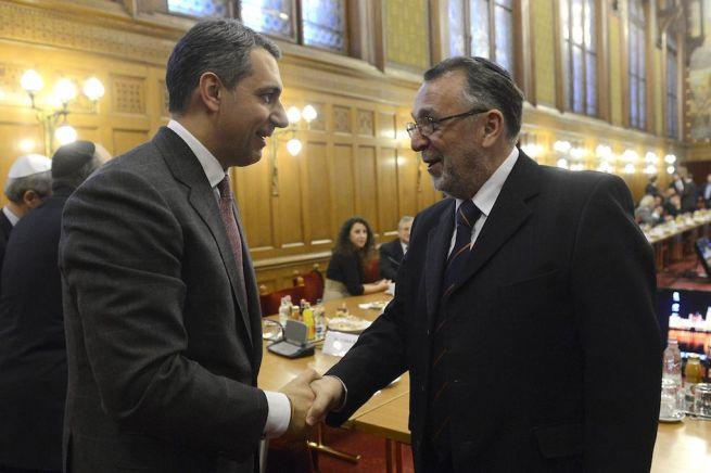 Lázár János és Heisler András a Zsidó Közösségi Kerekasztal ülésén (Fotó: Soós Lajos/MTI)