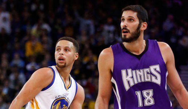 Curry és Casspi itt még egymás ellen