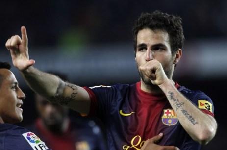 Cesc Fábregas celebrando un gol