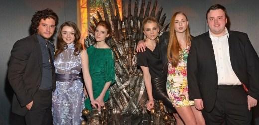 Jon Nieve está confirmado como asistente. A mí que me traigan a Daenerys...