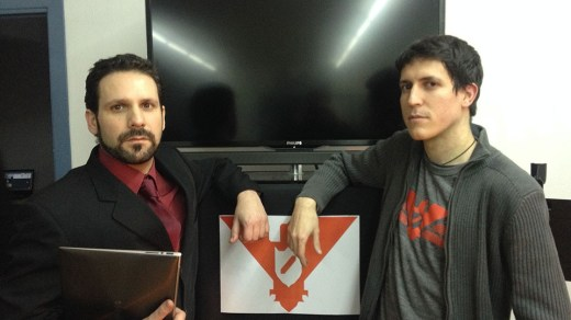 Josué Monchán y Ramón Méndez, traductores de Papers, Please