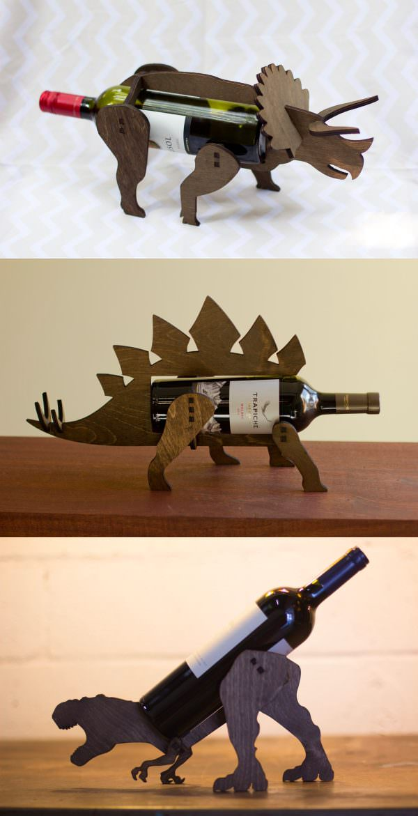 dinosaur-gift-wine-bottle-holder-600x1171