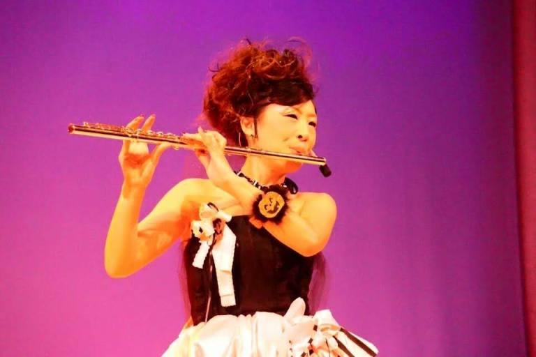 山田 明子 山田明子 flute フルート yamada akiko 衣装 ステージ デザイン 久留米 福岡 音楽 芸術 デザイナー ネイル 音楽家 134
