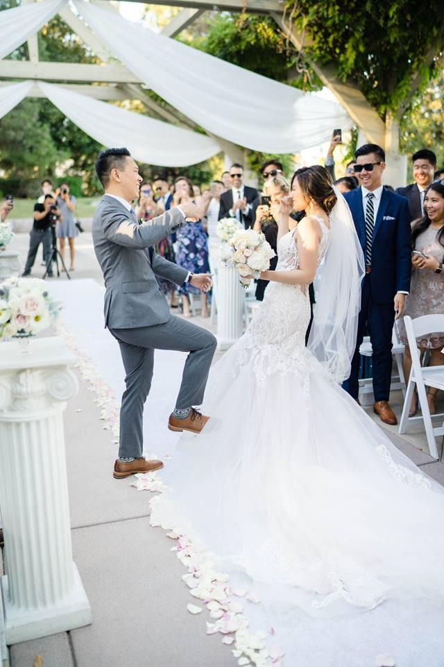 Mr & Mrs Exit Handshake