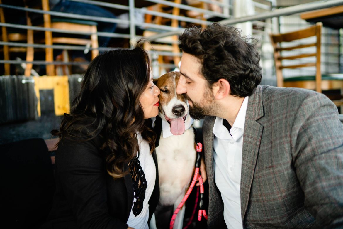 Engagment photos with dog