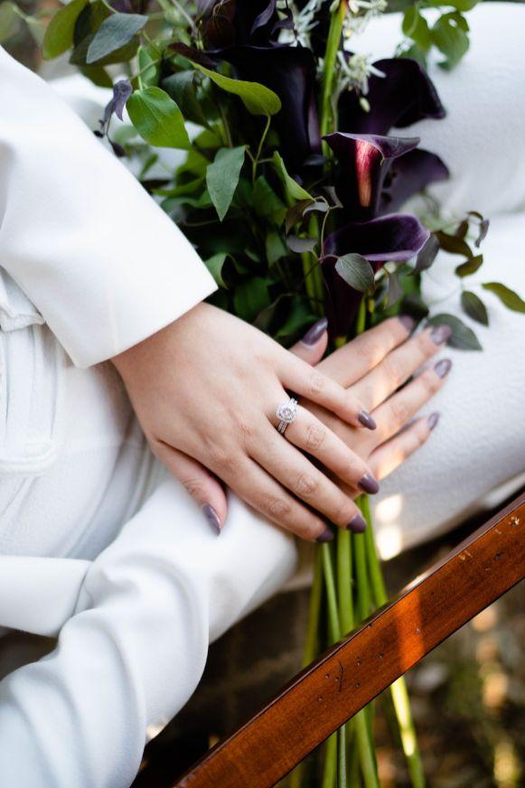 black lilly wedding flowers