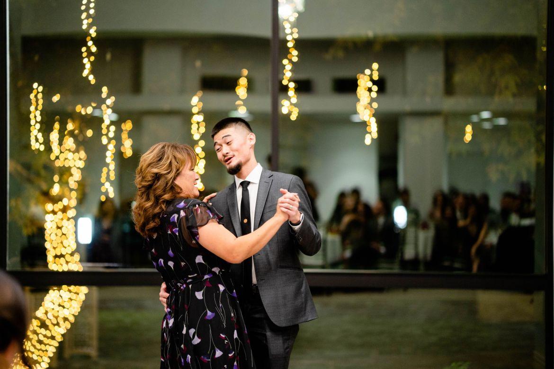 mother son dancing wedding
