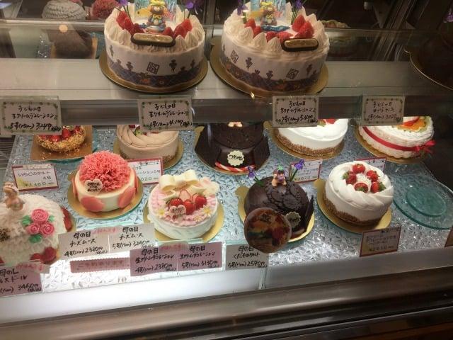 ケーキハウストミタのロールケーキ