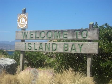 'Welcome to Island Bay'