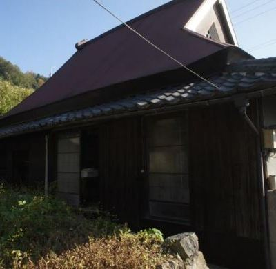 【売買】350万円 大阪府八尾市 高台にある納屋・前庭・中庭・保冷庫付き古民家