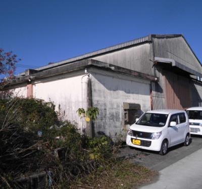【売買】540万円 熊本県天草市楠浦町 前面が海の多目的スペース付き建物 工房向け