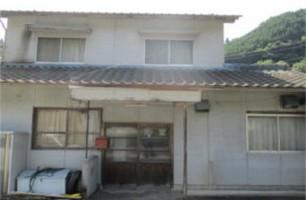 【売買】200万円 岡山県久米郡美咲町旭 以前食堂をしていた2階建 駐車3、4台・畑付き