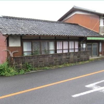 【売買】101万円 三重県伊賀市島ヶ原 段差ある敷地に建つ木造3階建古民家