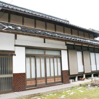 【売買】250万円 鳥取県倉吉市広瀬 山あいの静かな集落にある古民家 庭・車庫兼離れ付き