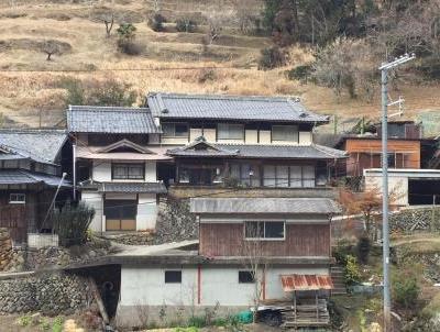 【売買】390万円 奈良県宇陀市室生龍口 田舎暮らし向け 9部屋の和風2階建 駐車場有