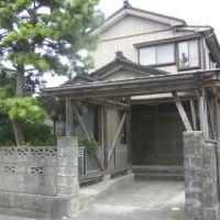 【売買】280万円 新潟県糸魚川市寺島 海のそばにある 庭・物置・カーポート付き2階建