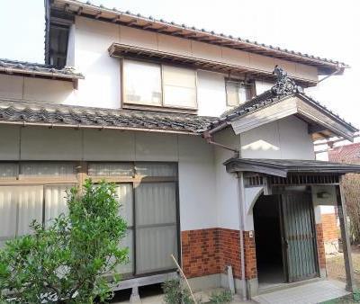【売買】300万円 鳥取県東伯郡北栄町大谷 広めの敷地・駐車2台の2階建 上下水道