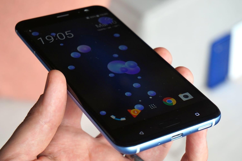 HTC U11 обновляют до Android 8.0 Oreo – что нового?